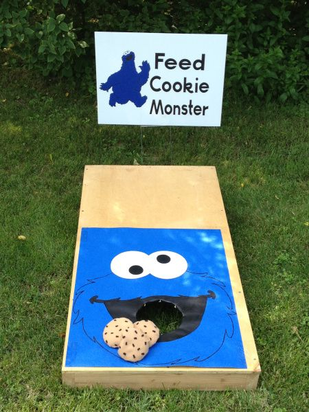 feed cookie monster game